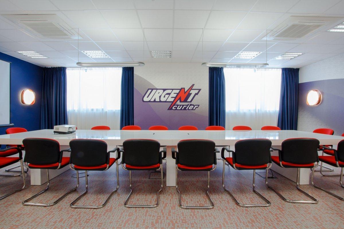 Proiect amenajare sediu firma - Urgent Curier- Receptie si sala de sedinte-15