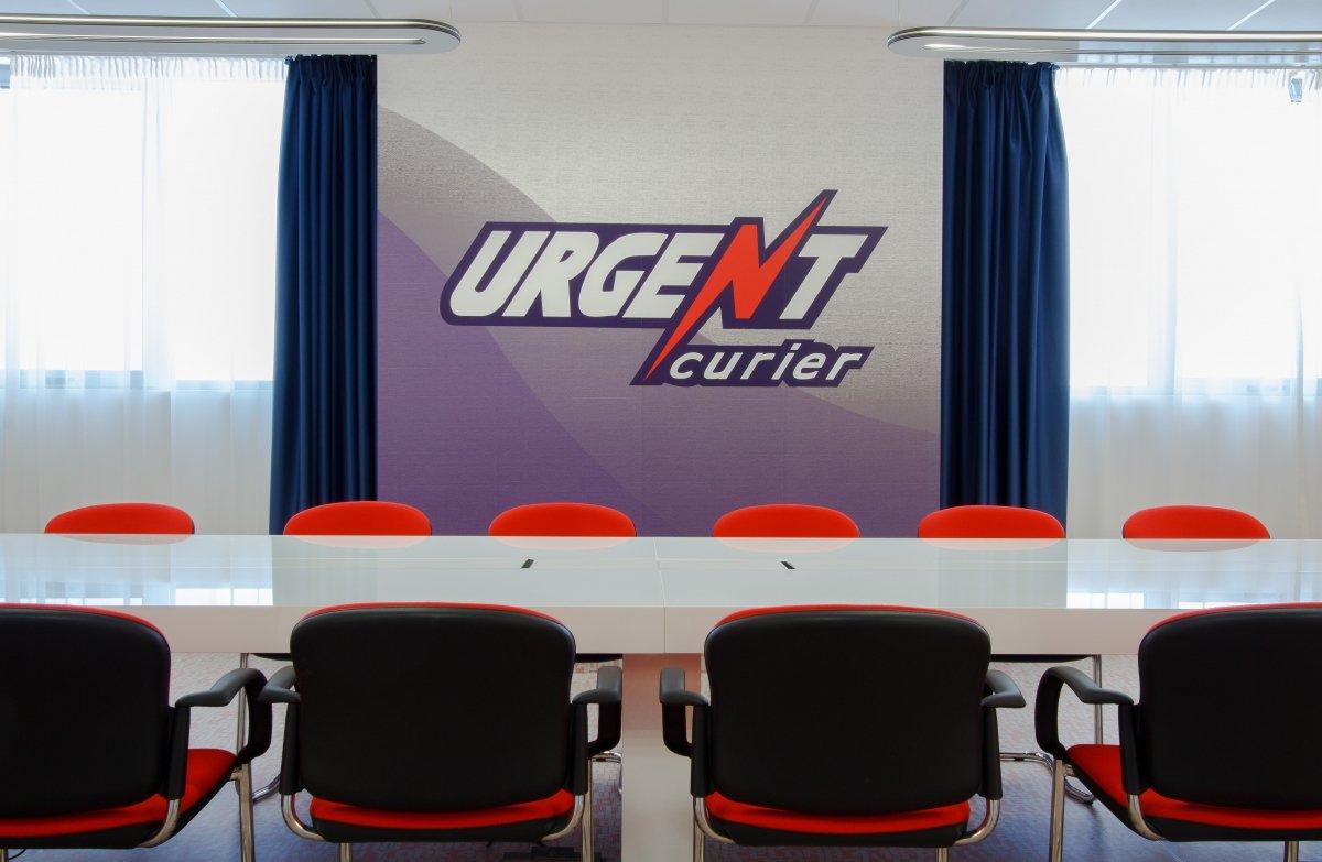 Proiect amenajare sediu firma - Urgent Curier- Receptie si sala de sedinte-16